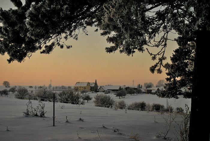 Ein verschneiter Blick in nach Zimmern (Saale-Holzland-Kreis)
