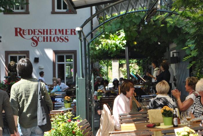 Rüdesheimer Schlosshof
